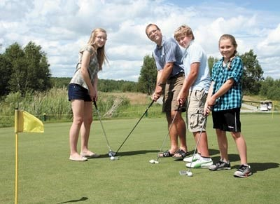 060710_LM_Family_Golf_2